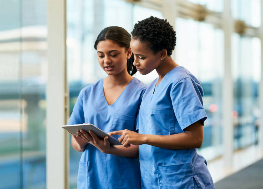 medical assistants using tablet